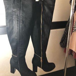 Black over knee w/ zipper